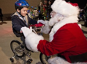 Santa talks to one of his many fans.