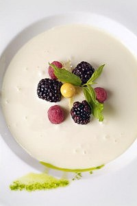 White chocolate soup with red fruits