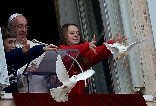 Pope and Children Releasing Doves