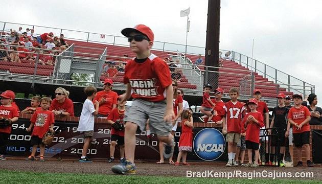 ragin cajun baseball camp