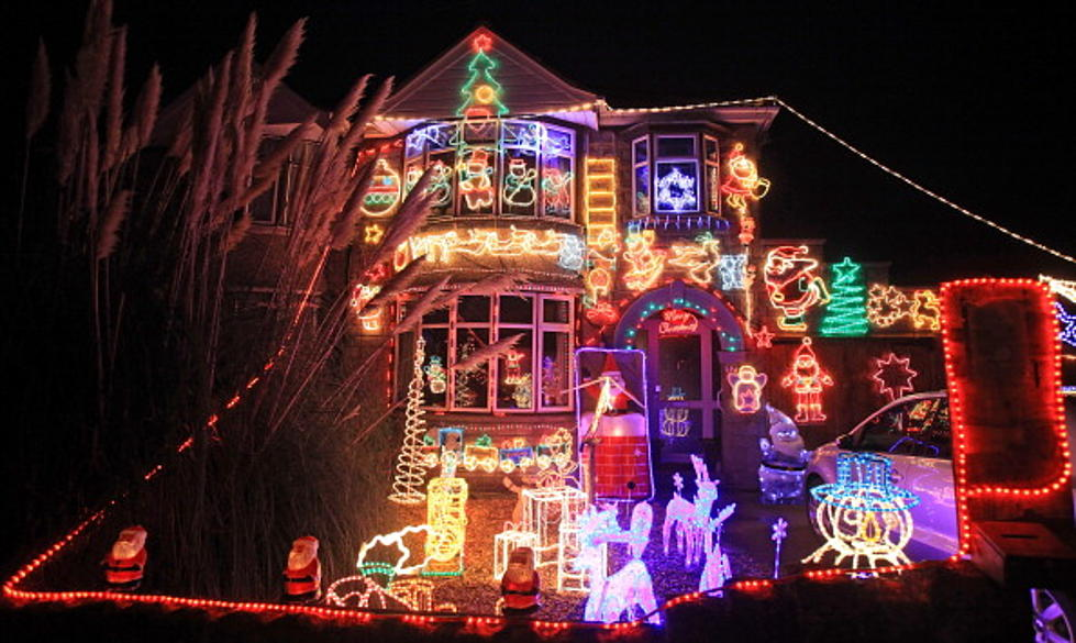 spectacular christmas light shows set to music video
