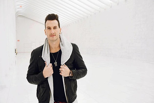 Russell Dickerson, Facebook