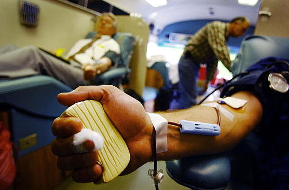 Americans Donate Blood For Troops In Iraq