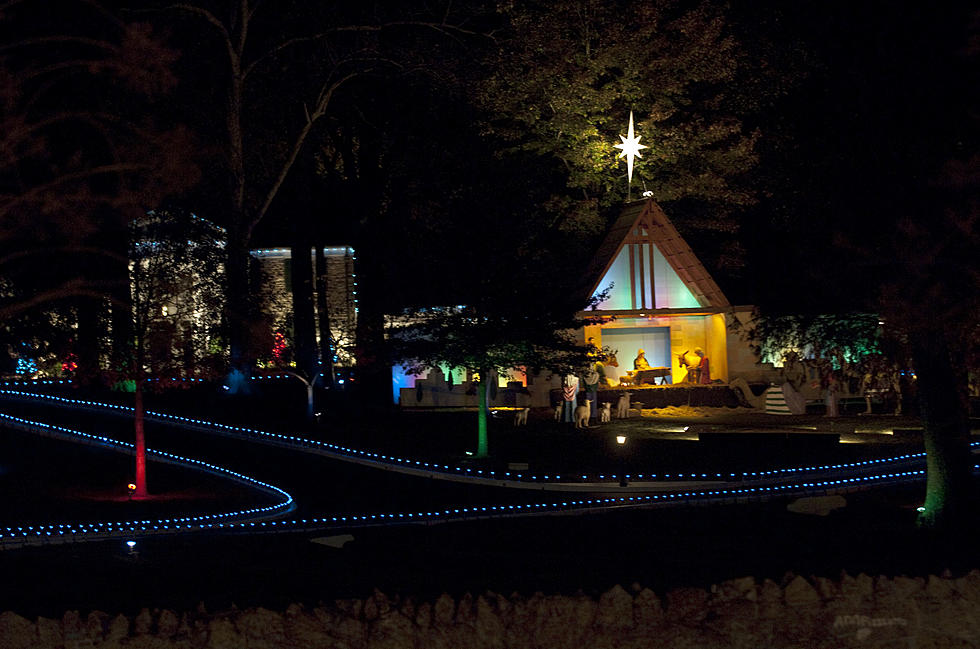 watch graceland christmas lighting ceremony live